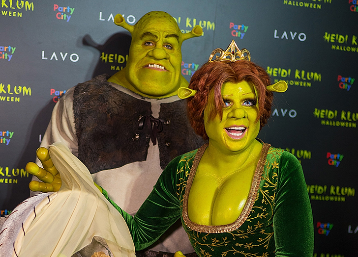 Check out these fun suggestions to inspire you with some great couples costume ideas for your upcoming halloween celebration. 60 Funny Couples Costumes For Halloween 2021 Purewow