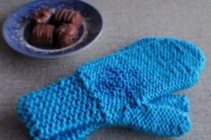 Anna's frozen mittens. With chocolate!