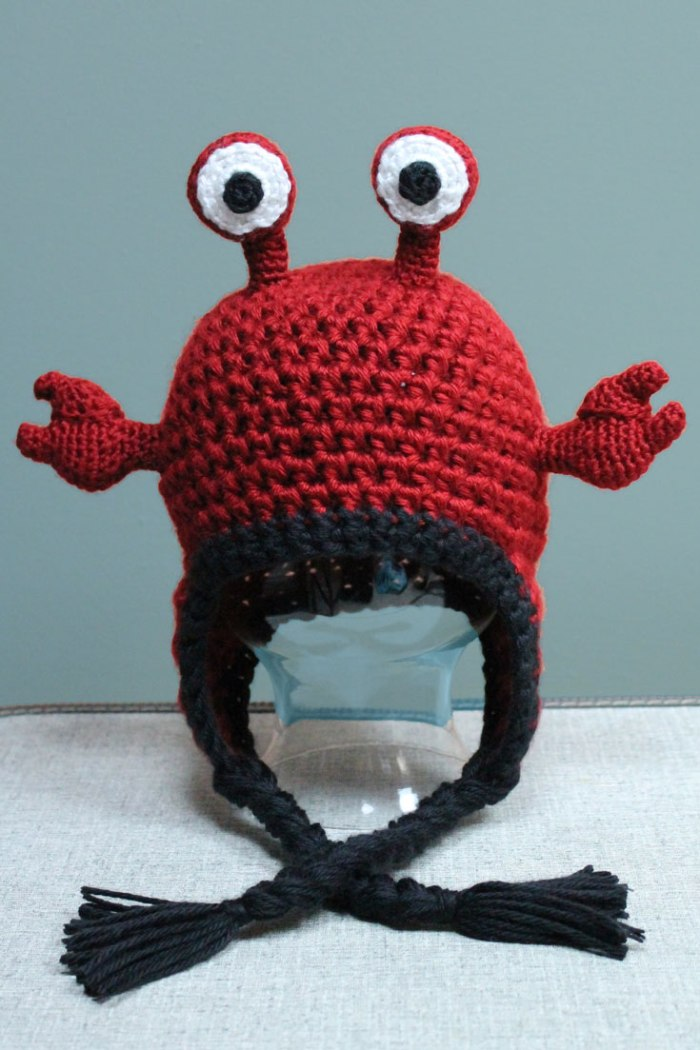 Crochet hermit crab hat pattern from Liz at PurlsAndPixels