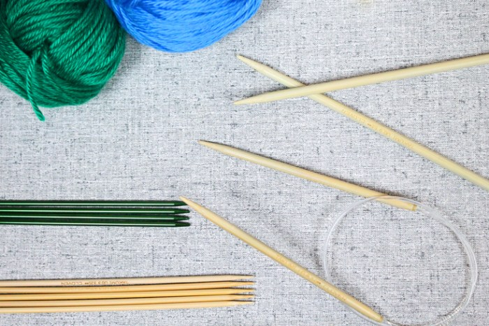 Knitting needles for beginners, guide from PurlsAndPixels