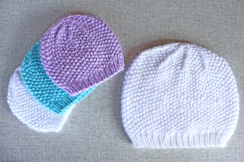 Seed Stitch Textured Beanie Hat Knitting Pattern - PurlsAndPixels