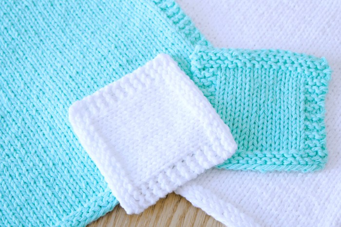 Basic Washcloth and Face Scrubby knitting pattern by Liz @PurlsAndPixels