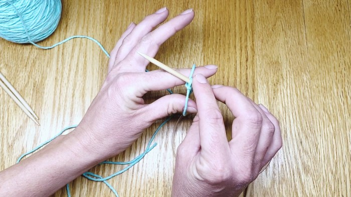 Step 4: Learn to cast on your first knit stitches. Putting yarn onto knitting needles for beginners with Liz @PurlsAndPixels.