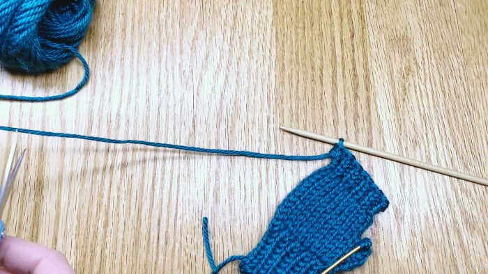 Step 13: Learn to bind off in the magic loop - a knitting lesson with Liz Chandler @PurlsAndPixels.