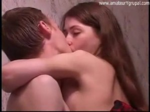 Imagen Sexo Anal Adolescente Flaca Con Falda