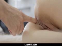 Rusita Recien Mayor De Edad Graba Porno Anal