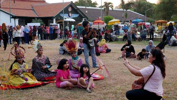 Menikmati Festival Payung Indonesia 2017