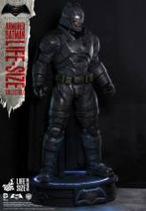 Batman Hot Toys (5)