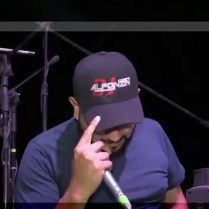JAIRO CHATO ARANDA CON LA GORRA DE DJ ALFONZIN. SAN MIGUEL DE ALLENDE GUANAJUATO