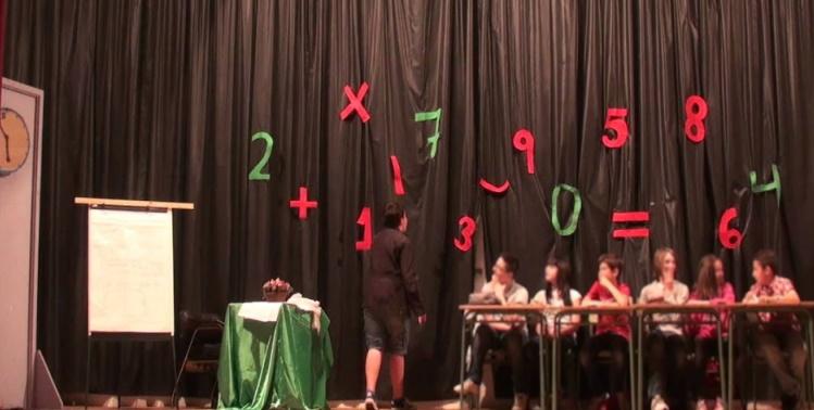 """El teatro en la escuela infantil - escena de """"La rebelión de los números"""""""