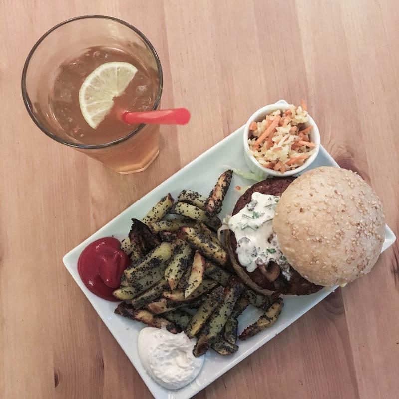Vegetarische und vegane Burger im Fränzi auf der langen Reihe, St. Georg, Hamburg