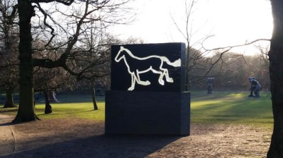 Galloping Horse (2012) Julian Opie