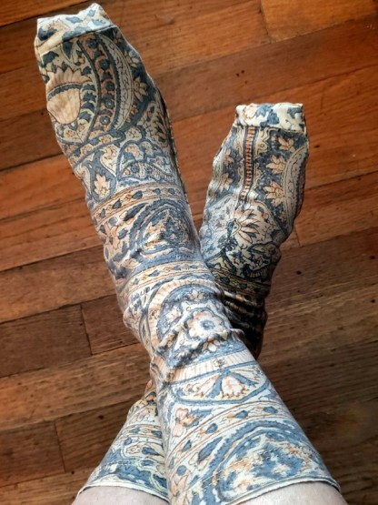 Magnolia Pearl Socks 044 in Asha