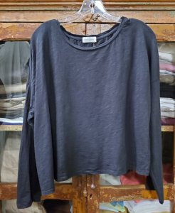 Krista Larson Crop Solid T-Shirt Long Sleeve 5008 Black