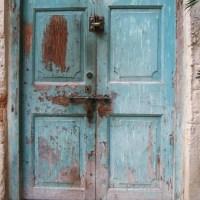 Zanzibar Doors : A Carved Business Card