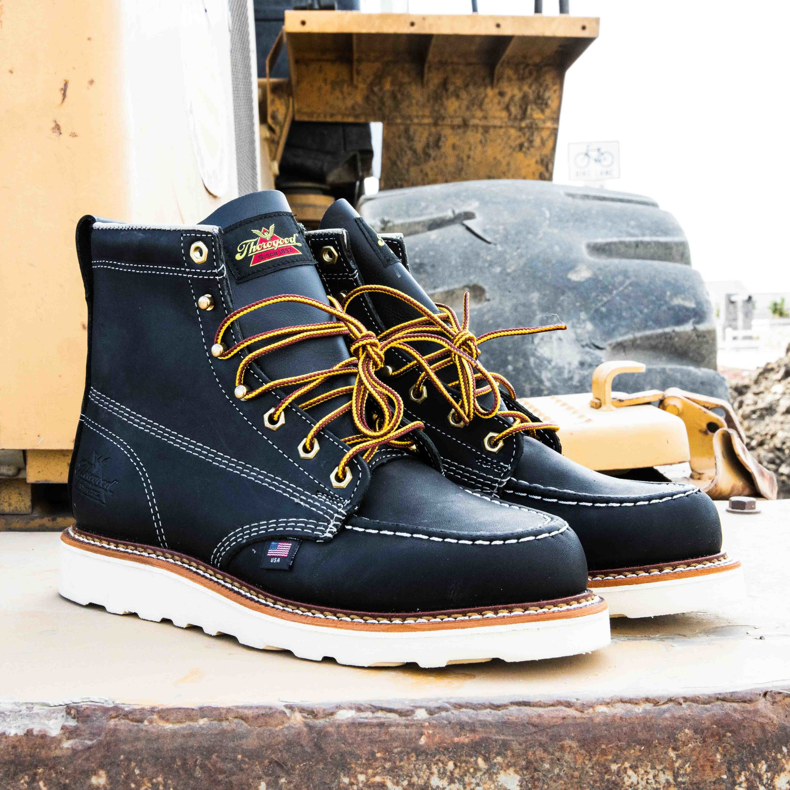 """Thorogood 814-6201 Heritage 6/"""" Moc Toe Boot Soft Toe Work Boot, Made in USA"""