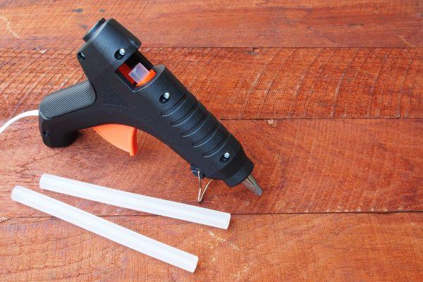 Glue Gun for Broadhead