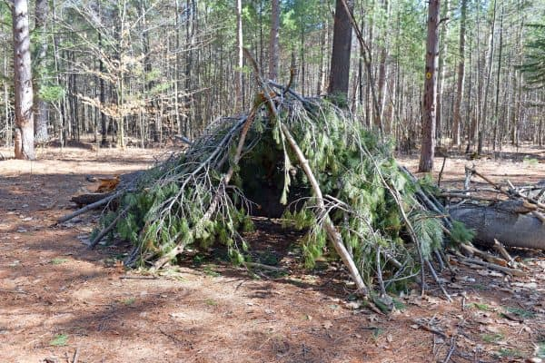 How to Build the Debris Hut