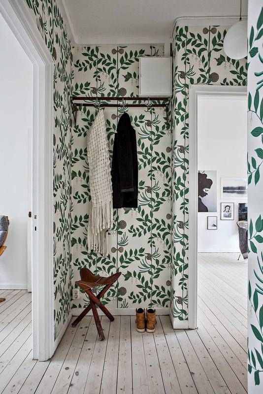 Decorating with wallpaper | The old-new decor statement you need in ...