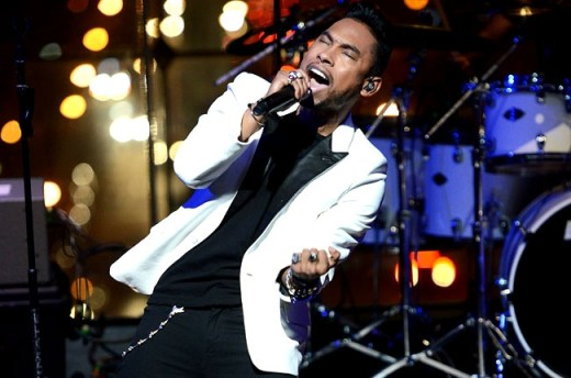 Miguel 2013 Billboard Music Awards