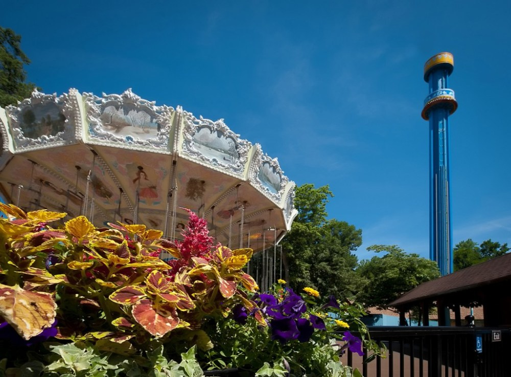 Enjoy thrilling roller coasters and rides, animal encounters and great dining amidst a backdrop of charming European villages at Busch Gardens¨. ©2015 SeaWorld Parks & Entertainment, Inc. All Rights Reserved.