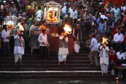 The aarati being performed