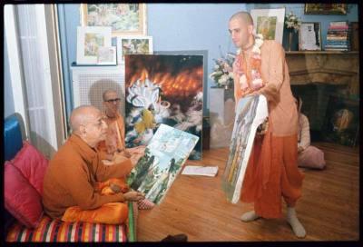 P01_1972-with-Prabhupada