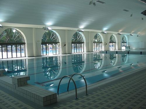 La piscine de lle de Puteaux ferme jusquau 9 novembre 2010  MonPuteauxcom