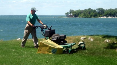 Lawn care Put in Bay