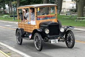 Put in Bay Antique Car Parade