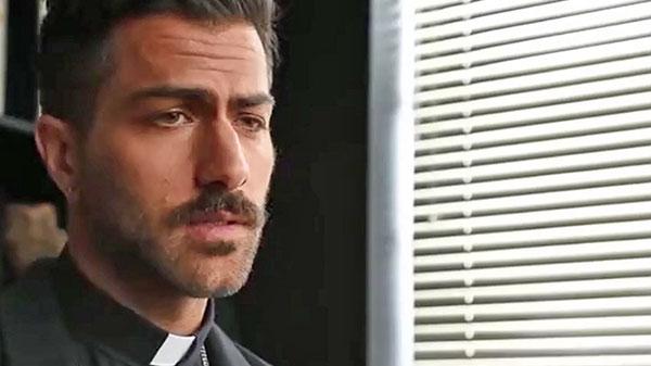 Ponto Gay - Possuído pelo Padre