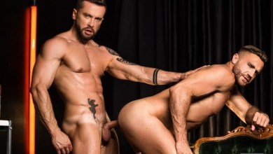Photo of Tied To You (Amarrado a Você) – Emir Boscatto, Tyler Berg – Troca-Troca Gay