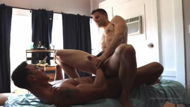 Photo of OnlyFans: Quin Quire & Cade Maddox – Bareback