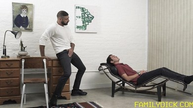 Photo of FamilyDick – A Terapia do Padrasto era Rola – Marco Napoli, Anderson Mason