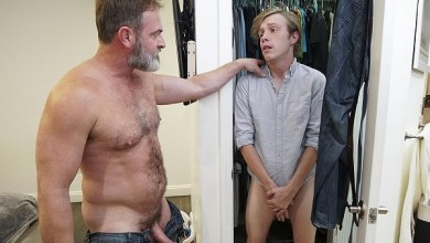 Photo of FamilyDick – Nothing To Be Ashamed Of – Kristofer Weston e Skylar Hill