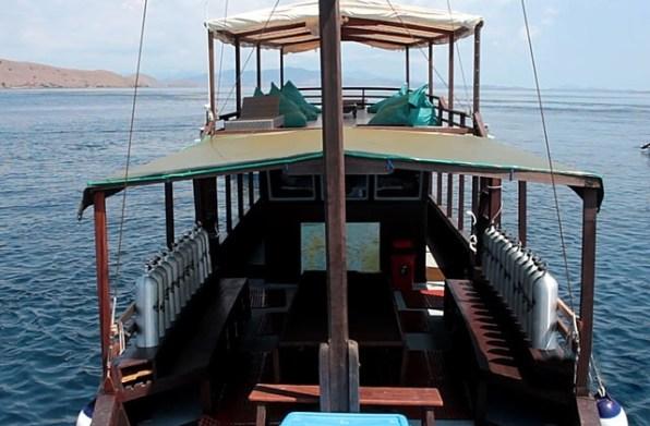 Labuan Bajo Scuba Diving Putra Wijaya Tours
