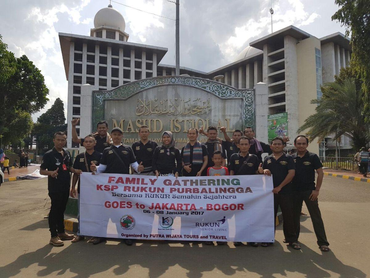 Paket Wisata dan Sewa Rental Mobil Murah Jakarta Bogor 4 Hari 3 Malam