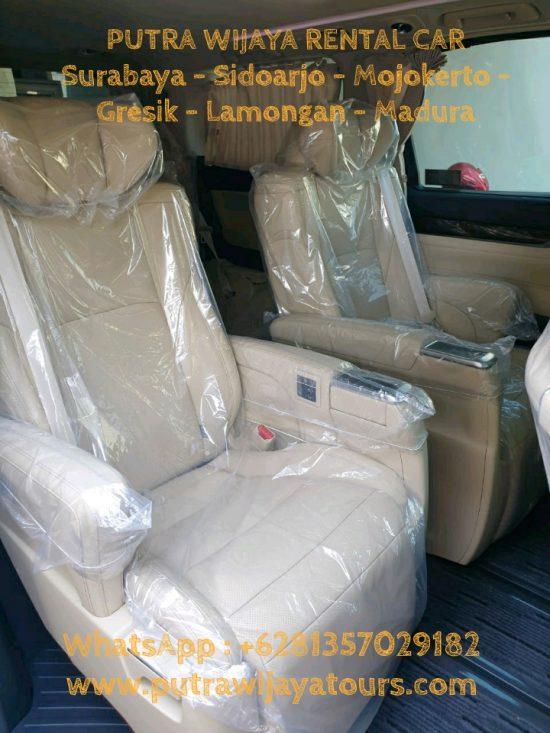 Interior Sewa Mobil Alphard Terbaru Surabaya