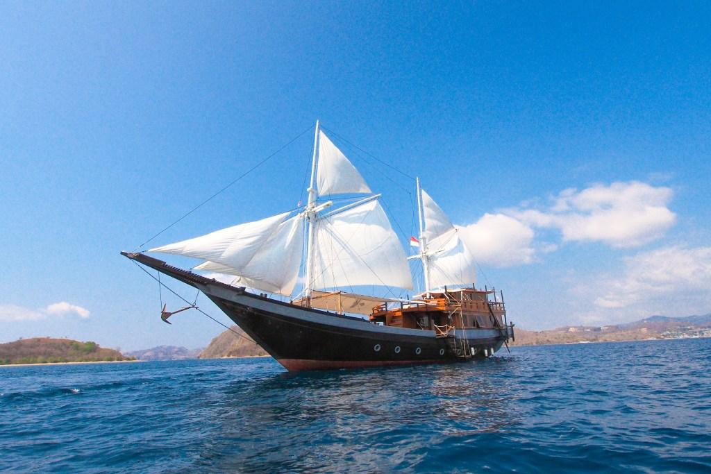 Charter Boat Sipuliang 2 Dua Liveaboard