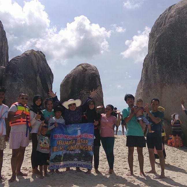 Paket Tour Wisata Belitung