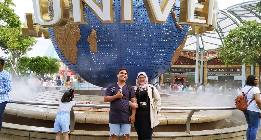 Our Honeymoon Story in Singapore