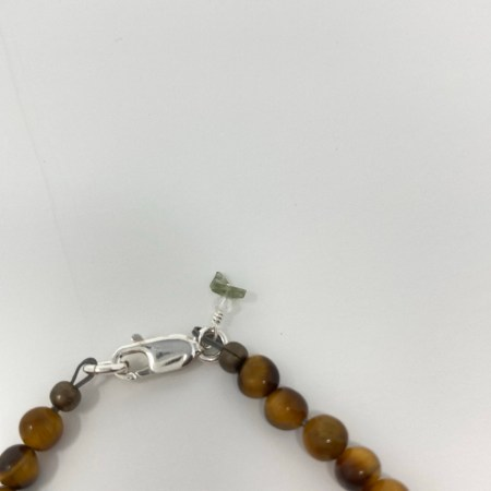 om bracelet, yoga bracelet, yoga gift, crystals strength, crystals grounding, crystals vitality
