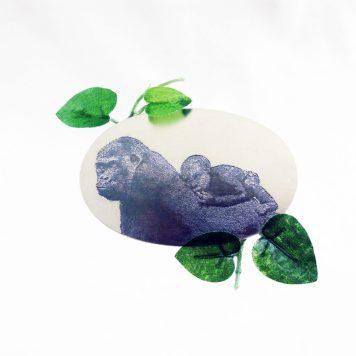 Lena Lindahl, brooch, Mother - silver, artificial leaf