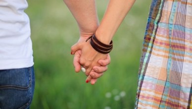 Butuh Dua Orang Untuk Menyelamatkan Hubungan