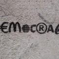 grijesi, demokratija