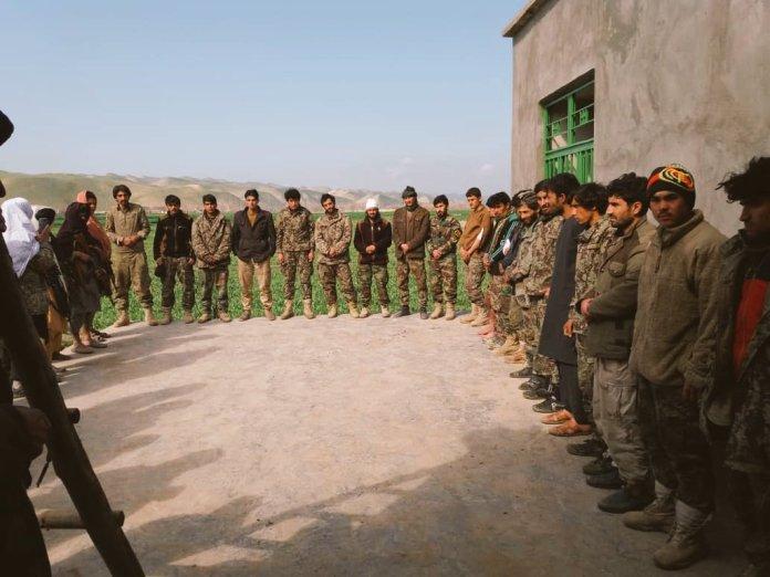 Zarobljeni afganistanski merionetski vojnici