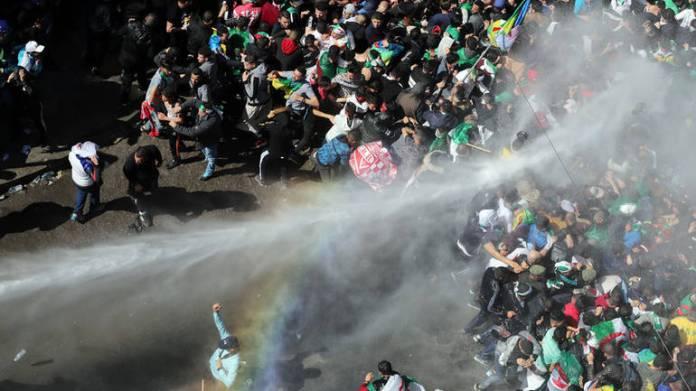 Protesti u Alžiru