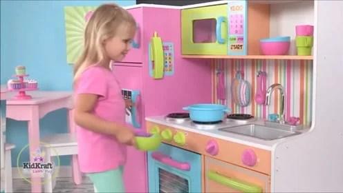 kidkraft toy kitchen buy used cabinets 迷你玩具厨房小餐厅 腾讯视频 厨房才是玩耍的好地方超迷你厨房玩具 还怕宝宝不