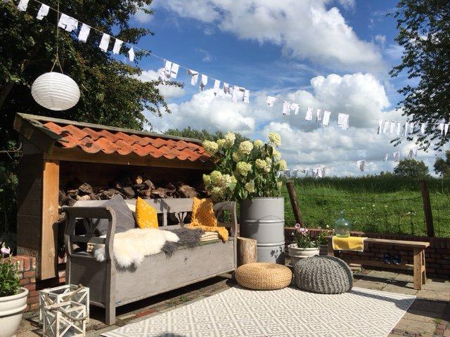TUIN STYLING | Je tuin restylen met een buitenkleed en DIY accessoires