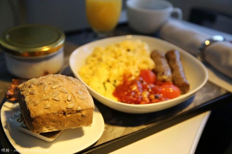 【冰島自由行】冰島航空商務艙(Icelandair).10個免費升等商務艙的傳說 !